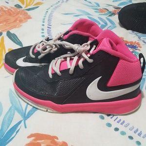 Nike hightops 4y